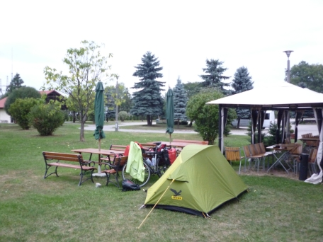 Campsite opposite Auschwitz - PLUSH! even my own gazebo