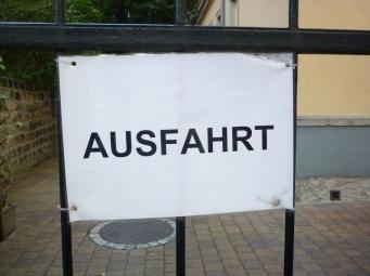 Australian Fart (giggles)