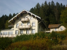 Nearing Gerardmer - random house